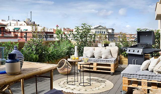 Vườn sân thượng có phong cách Địa Trung Hải, vừa đặc sắc lại mới lạ